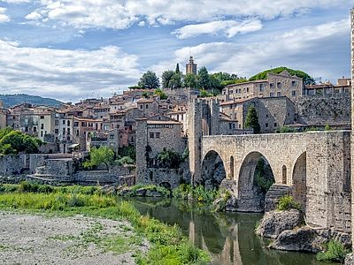 Gerona and Besalu Full Day Private Tour