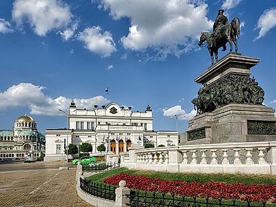 Sofia by Private Transfer with Stops at the Manasija and Ravanica Monasteries