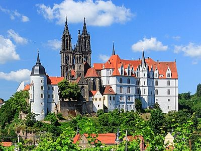 Upgrade to Prague by Private Transfer with a Stop in Meissen
