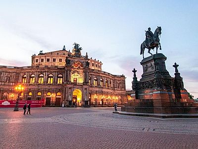 Prague by Train with Private Dresden Suggestion