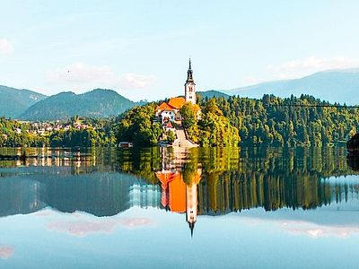 Ljubljana by Private Transfer with stops at Bled and Bohinj