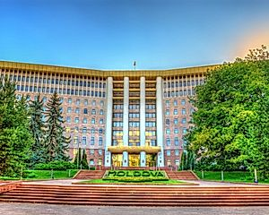 2 Nights in Chisinau