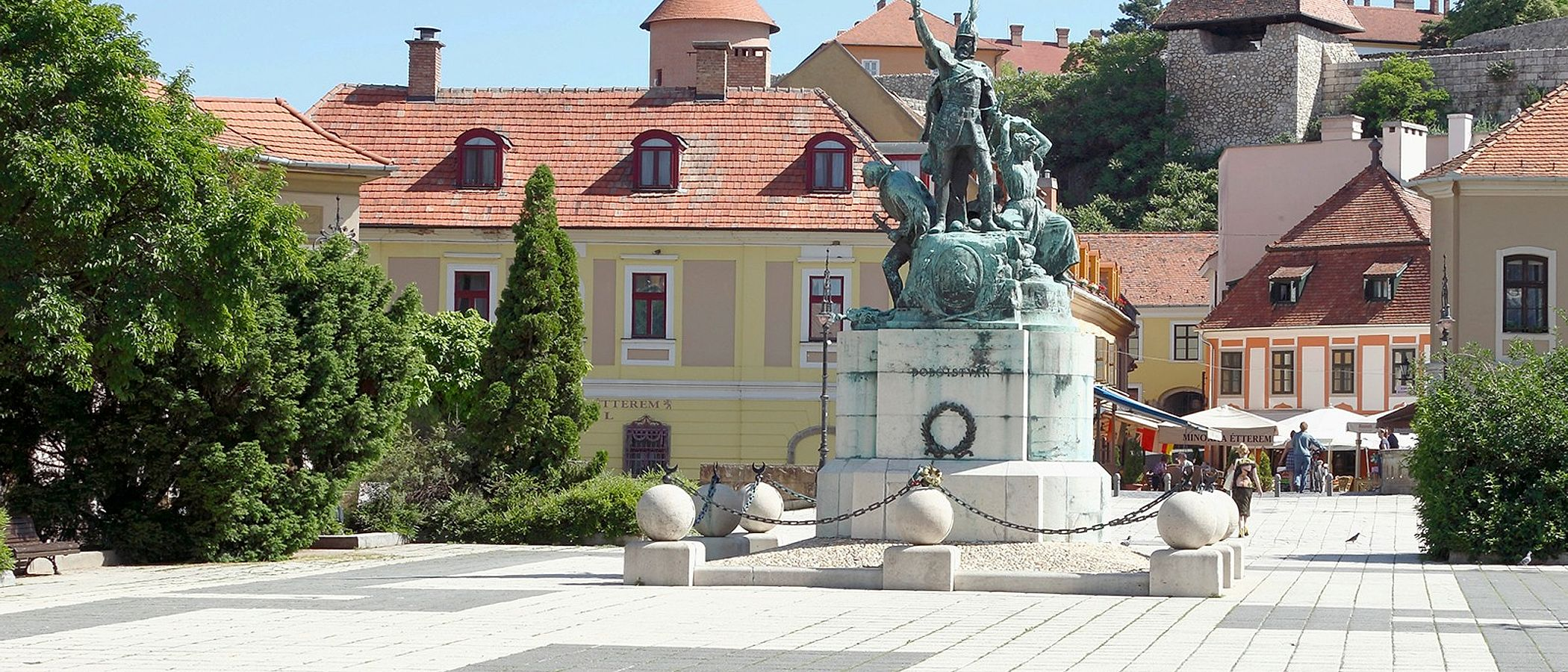 Eger travel packages