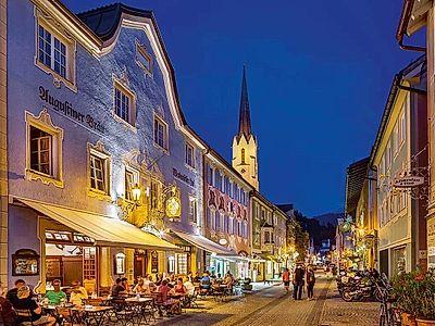 Garmisch-Partenkrichen Private Night Tour