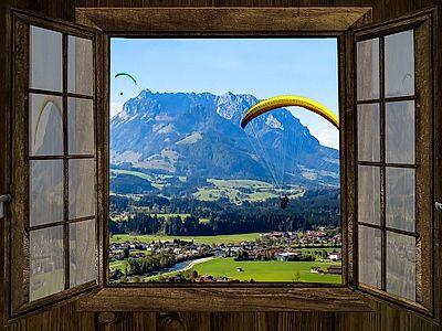 Tandem Paraglide Across Alpine Valleys