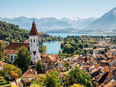 Bern by Private Transfer with a stop in Spiez Castle and Thun