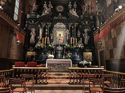 Warsaw By Private Transfer with a stop in Czestochowa including a Private Tour of the Monastery (in a Luxury Vehicle)