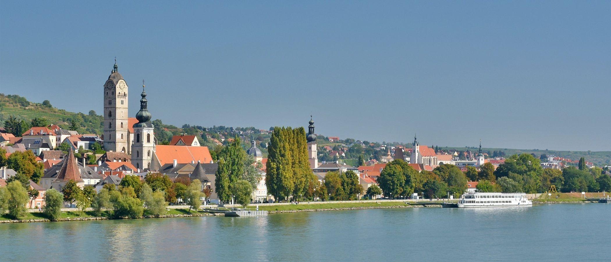 Krems travel packages