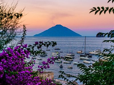 Panarea and Stromboli Private Tour