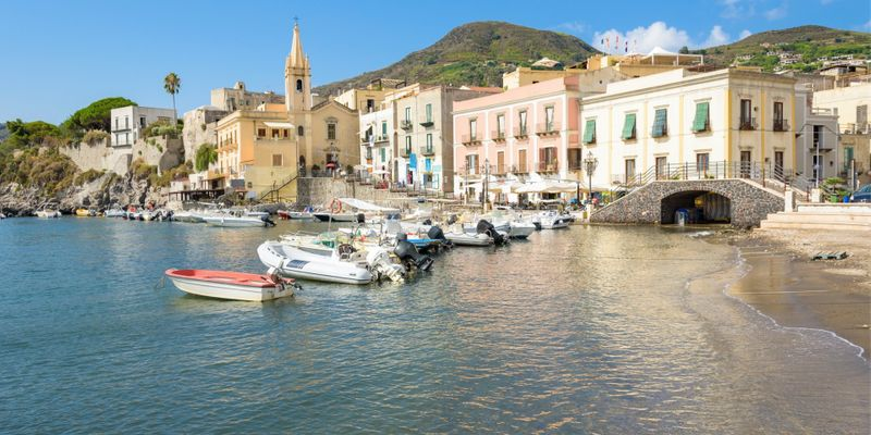 4 days in Lipari