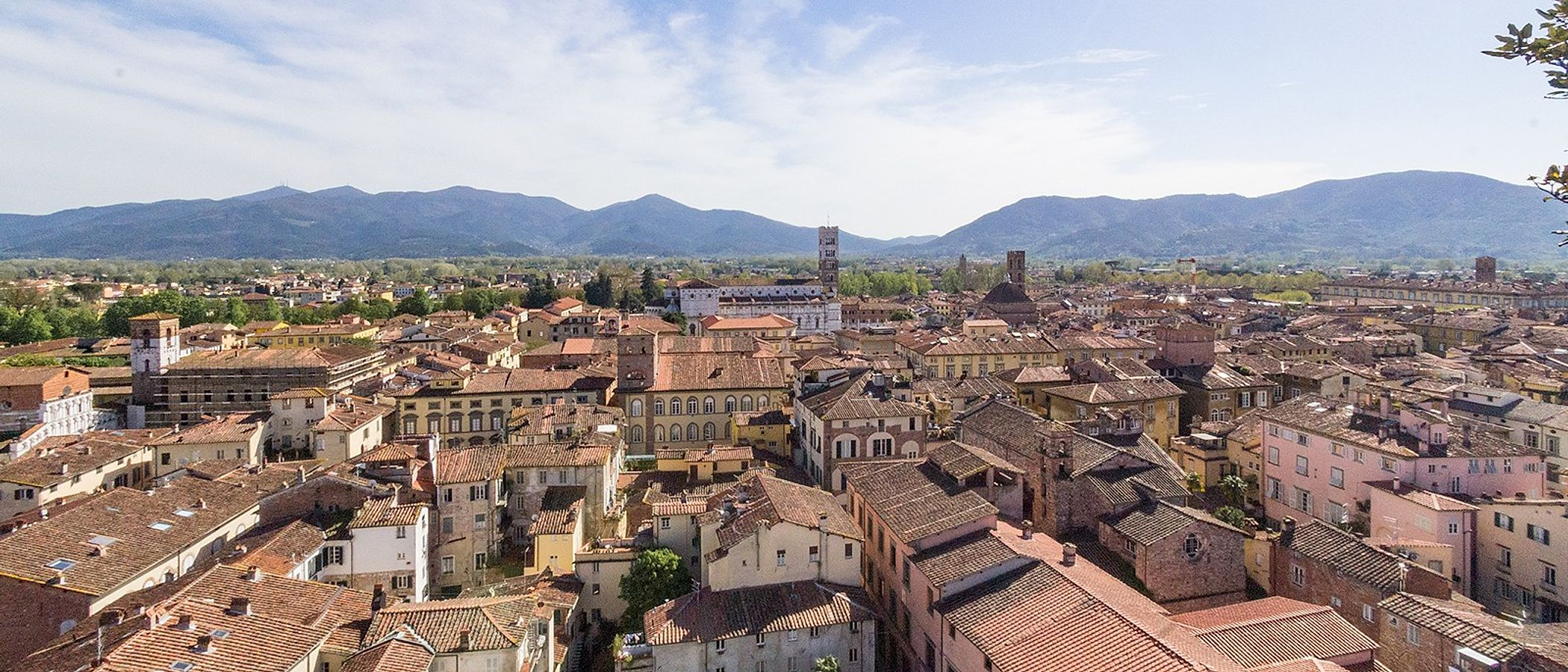 Lucca travel packages