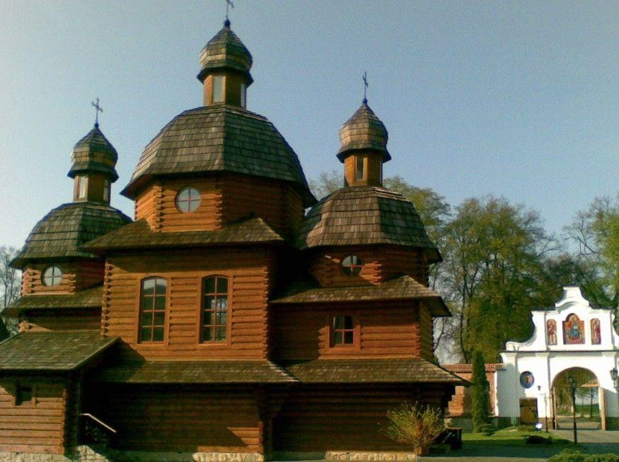 Zhovkva and Krehiv Monastery Private Tour