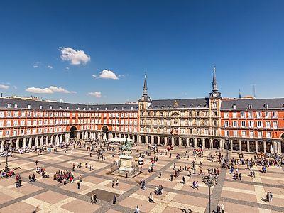 Hit Madrid's Central Hub