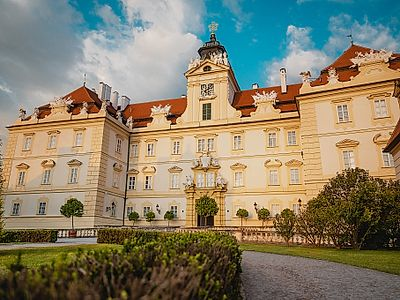 Bratislava By Private Transfer with a Lednice-Valtice Chateau Complex Stop