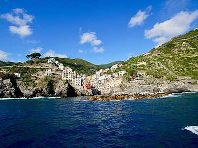 Cinque Terre Small Group Morning Boat Tour