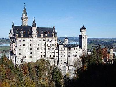Neuschwanstein and Linderhof Small Group Tour