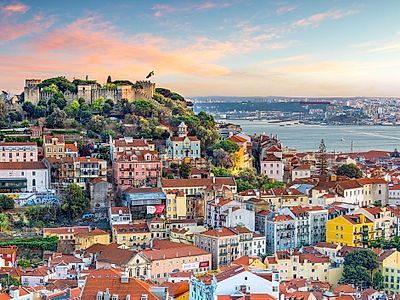 Upgrade to Lisbon by Private Transfer with a stop in Coimbra