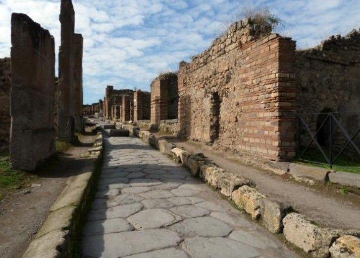 Pompeii & Herculaneum Group Tour from Amalfi
