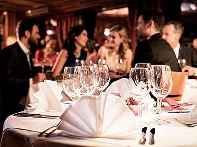 A La Carte Dinner Cruise