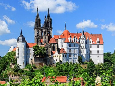 Upgrade to Berlin by Private Transfer with a Stop in Meissen