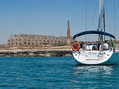 Half Day Private Sailing Tour Along Marina di Ragusa Coast