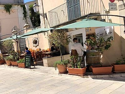 An Aperitivo in Ragusa