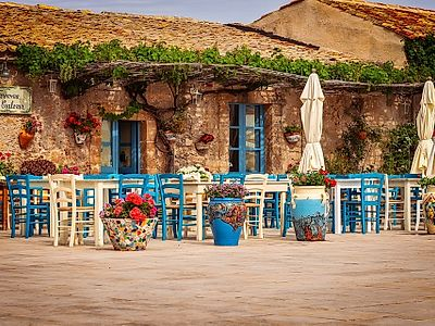 The Splendid Beaches of Southern Sicily and its Seafood Delights