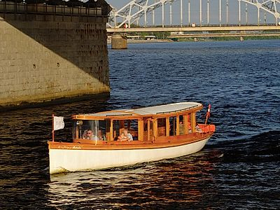 Riga Canal Boat Group Tour
