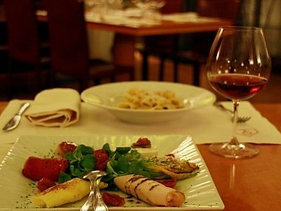 Luxury Gourmet Dinner with Wine Tasting In Rome and Aperitif in Private Cellar Group Tour