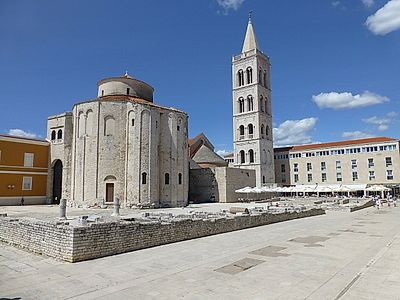 Zadar by Private Transfer with Stop and Lunch in Rastoke