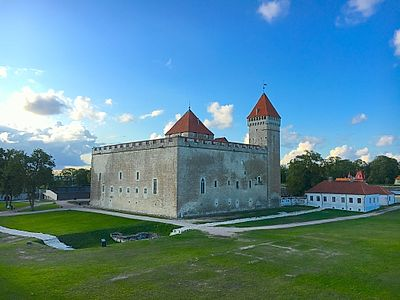 Kuressaare Private Walking Tour With Castle Visit