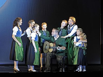 Sound of Music Small Group Tour