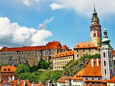 Prague by Private Transfer with a Stop in Cesky Krumlov