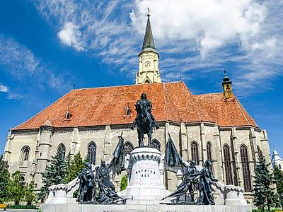 Cluj by Private Transfer with a Stop at Bontida Castle