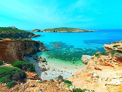 Crystal, Blue Lagoons and Comino Group Boat Tour