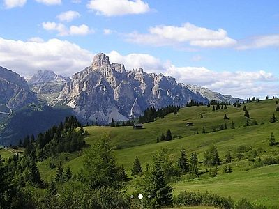 Cortina and the Dolomites Day Small Group Tour