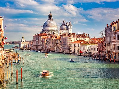 Grand Canal Small Group Boat Tour