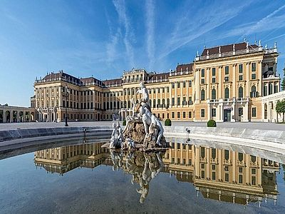 Schönbrunn & City Group Tour