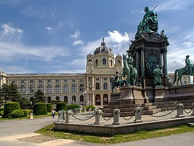 Touch History and Culture in Vienna